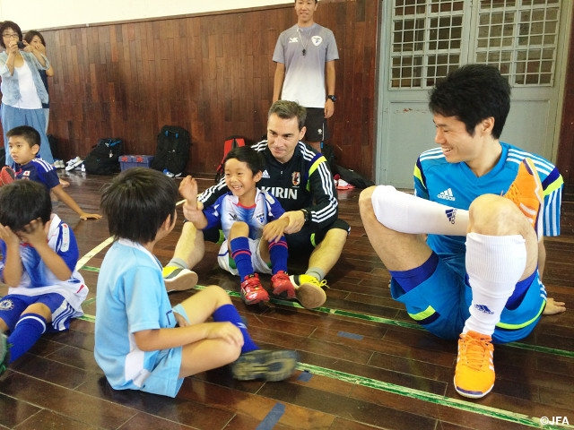 Visit to Japanese School re-energises team before Kyrgyzstan match