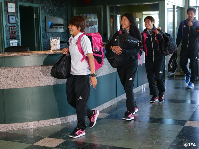 Nadeshiko Japan fly to Vancouver for the final