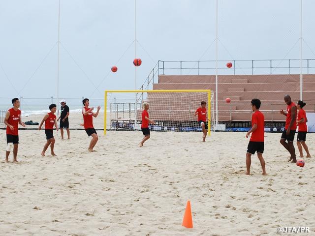 ビーチサッカー日本代表 試合会場で公式トレーニングを実施 AFCビーチサッカー選手権