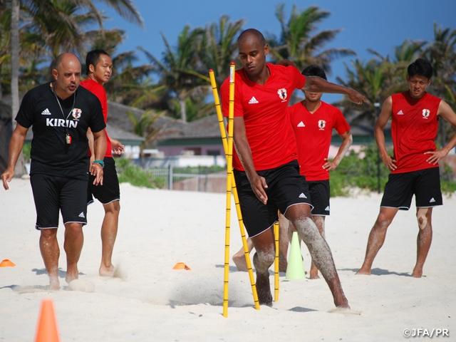 ビーチサッカー日本代表 ワールドカップ初戦に向けて最後のトレーニング