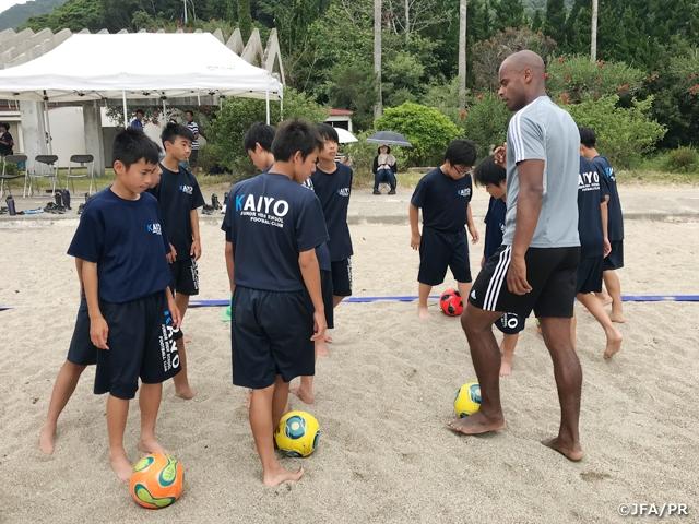 2019年最初のJFAビーチサッカー巡回クリニックを徳島県で開催