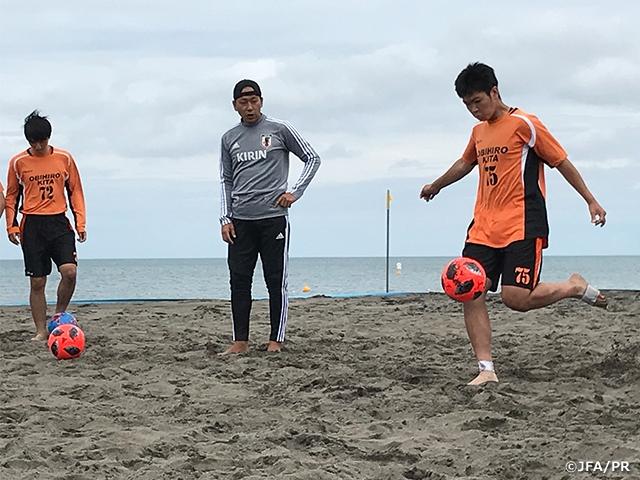 北海道にてJFAビーチサッカー巡回クリニックを開催