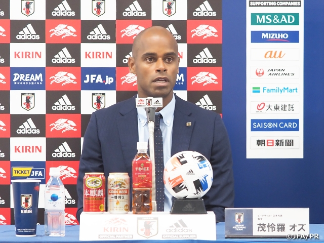 ビーチサッカー日本代表 茂怜羅オズ新監督の就任会見を実施