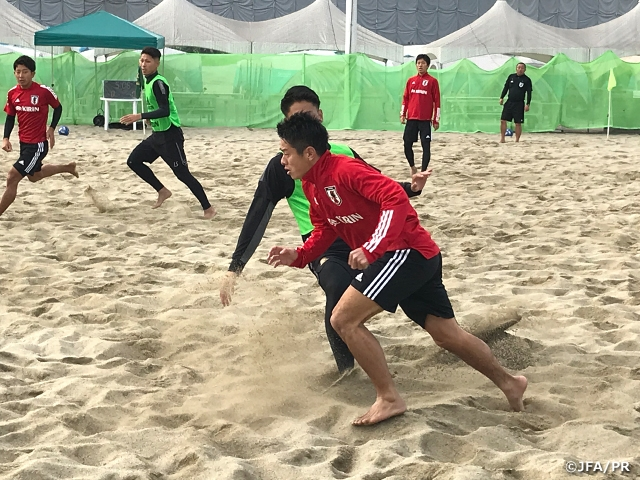 ビーチサッカー日本代表候補合宿 ヴィアティン三重BS・ヴェルディBS合同チームとトレーニングマッチを実施
