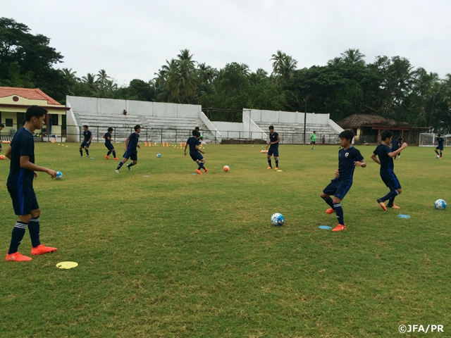 U-16 Japan National Team prepare for last group stage game of AFC U-16 Championship India 2016